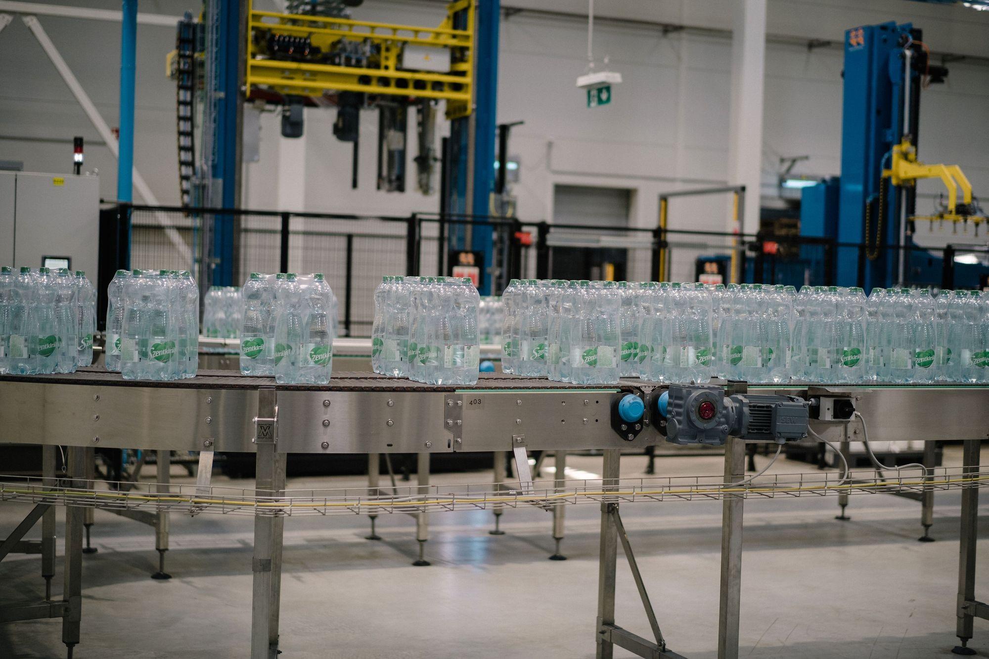 Szárnyal a Szentkirályi-Kékkúti Ásványvíz Kft.: rekordértékesítés és termelésbővítés 2018-ban