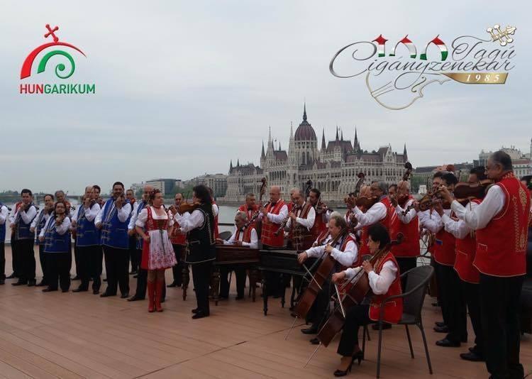 Kecskeméten tartja tavaszköszöntő nagykoncertjét a 100 tagú Cigányzenekar