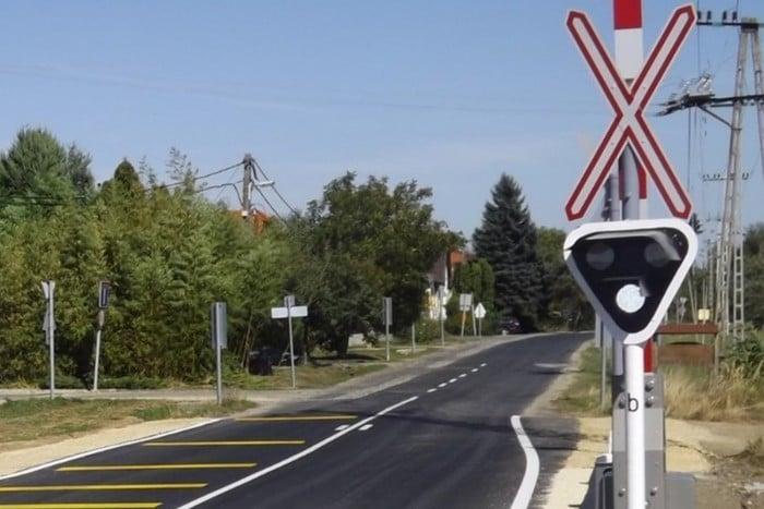 Kecskeméten két vasúti átjárót zárnak le felújítás miatt