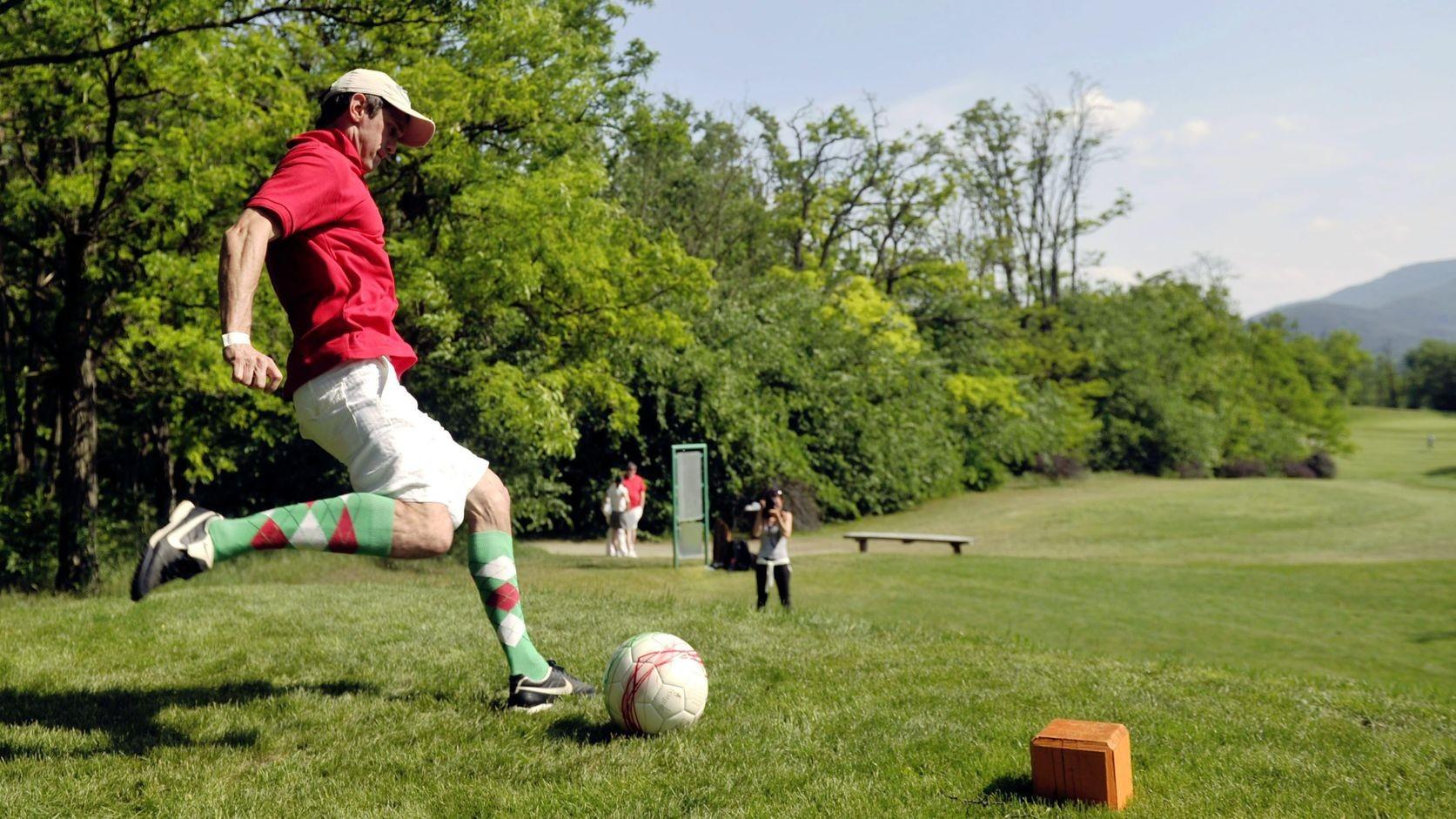 Átadták Európa első, kifejezetten footgolfra tervezett pályáját Lakiteleken