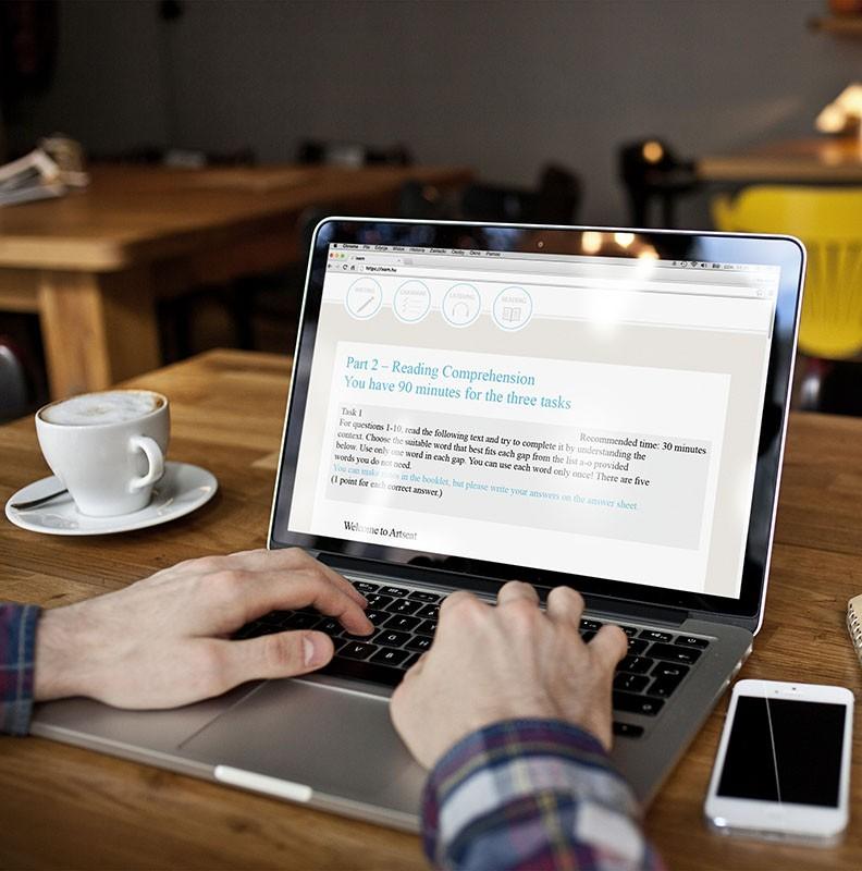 Akkreditálták az első hazai digitális nyelvvizsgát