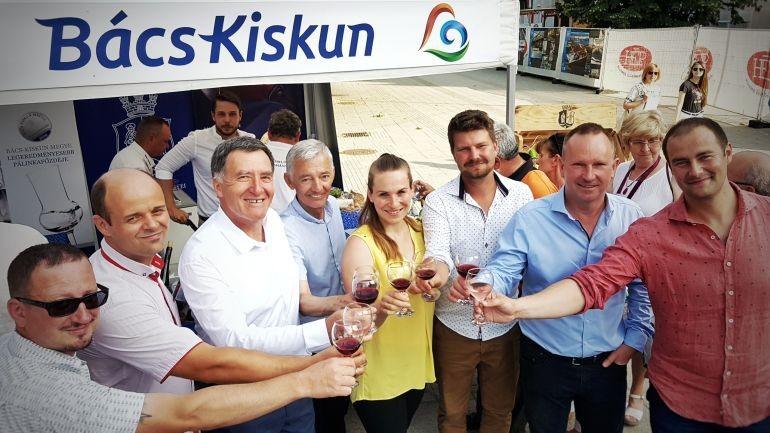Díjazták Bács-Kiskun megye legjobb borait és pálinkáját