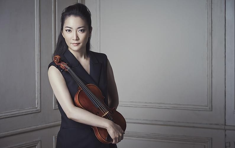 Pécsen ad közös koncertet Szuvanai Akiko és a Pannon Filharmonikusok