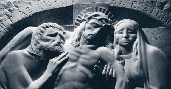 Kossuth-díjas erdélyi szobrász alkotásaiból nyílt kiállítás Pécsett