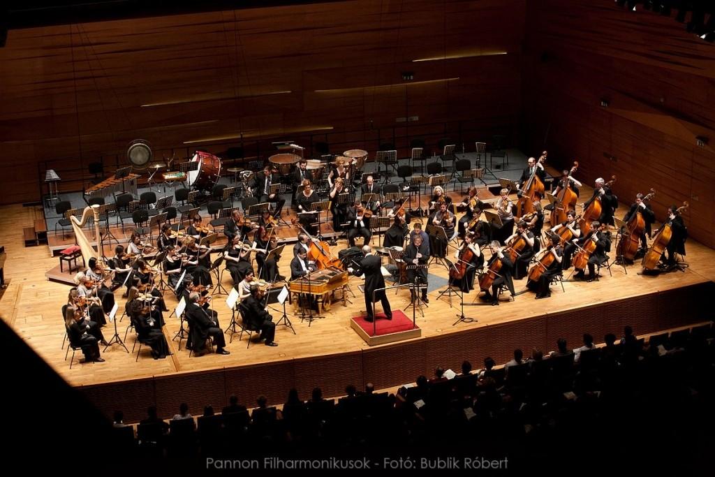 Idén csaknem 150 hangversenyt adtak a Pannon Filharmonikusok