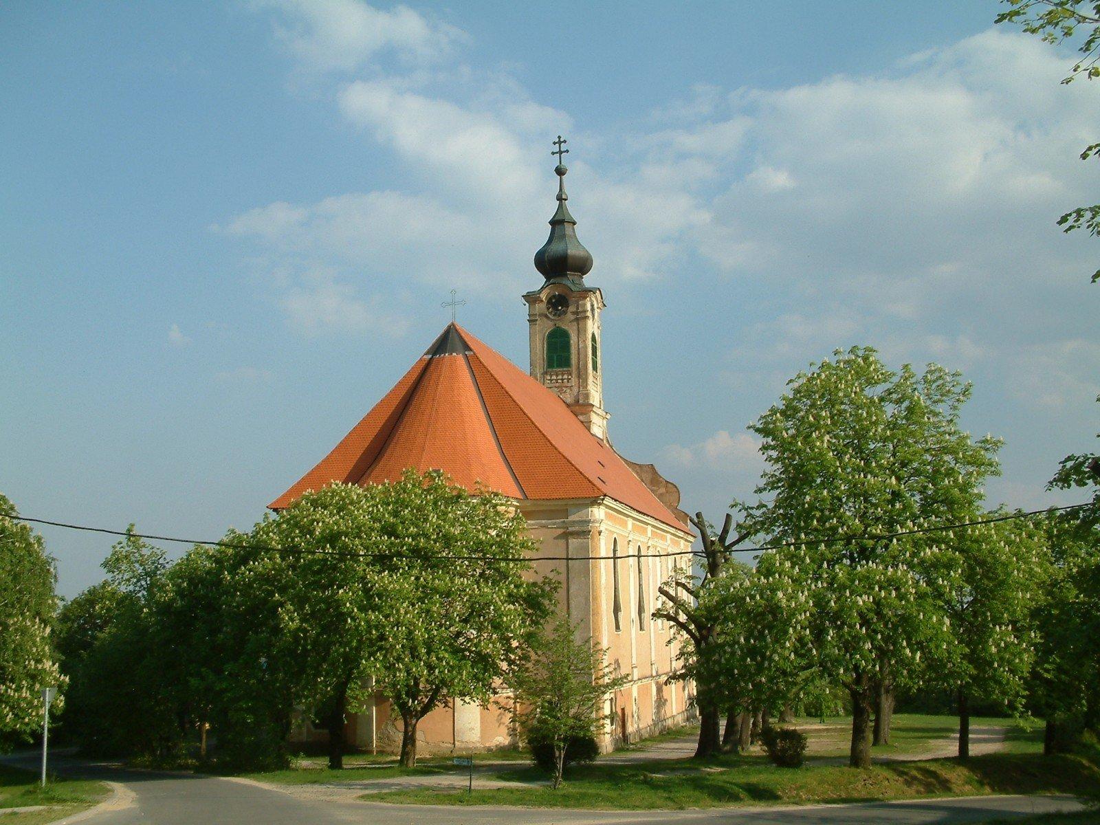 250 éves a pécsváradi Nagyboldogasszony-templom