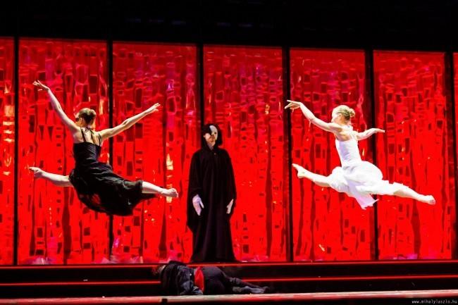 A Pécsi Balett produkciója nyitja az idei pécsi tánctalálkozót
