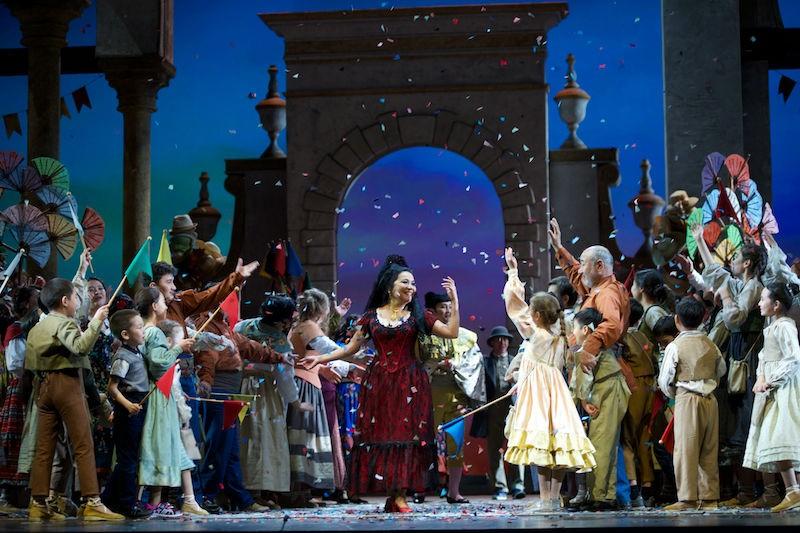 Időseknek ad jótékonysági koncertet az Astana Opera társulata