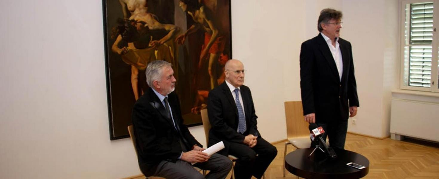 Csernus Tibor három festménye került a pécsi Janus Pannonius Múzeumhoz
