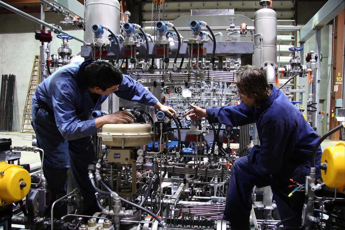 A járműipar mellett más iparágak is meghatározóvá válnak