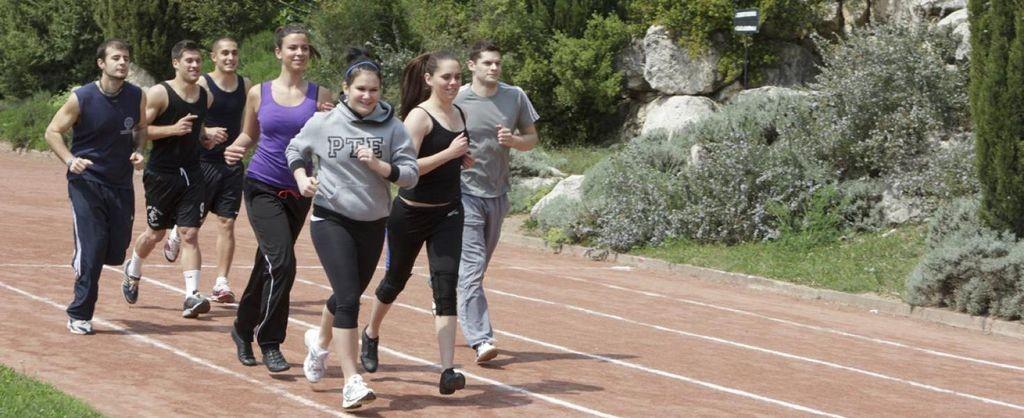 Felújítják a pécsi egyetem atlétikapályáját