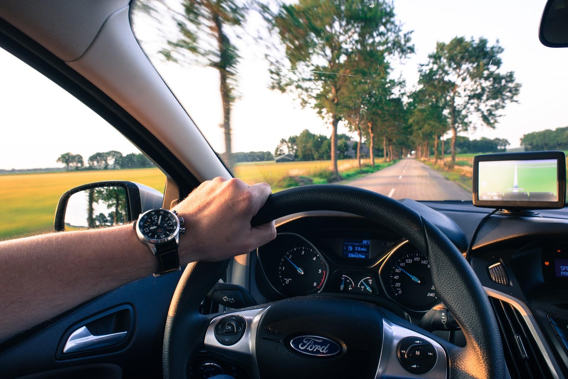 Hogyan változik a különböző márkájú autók értéke az évek alatt?