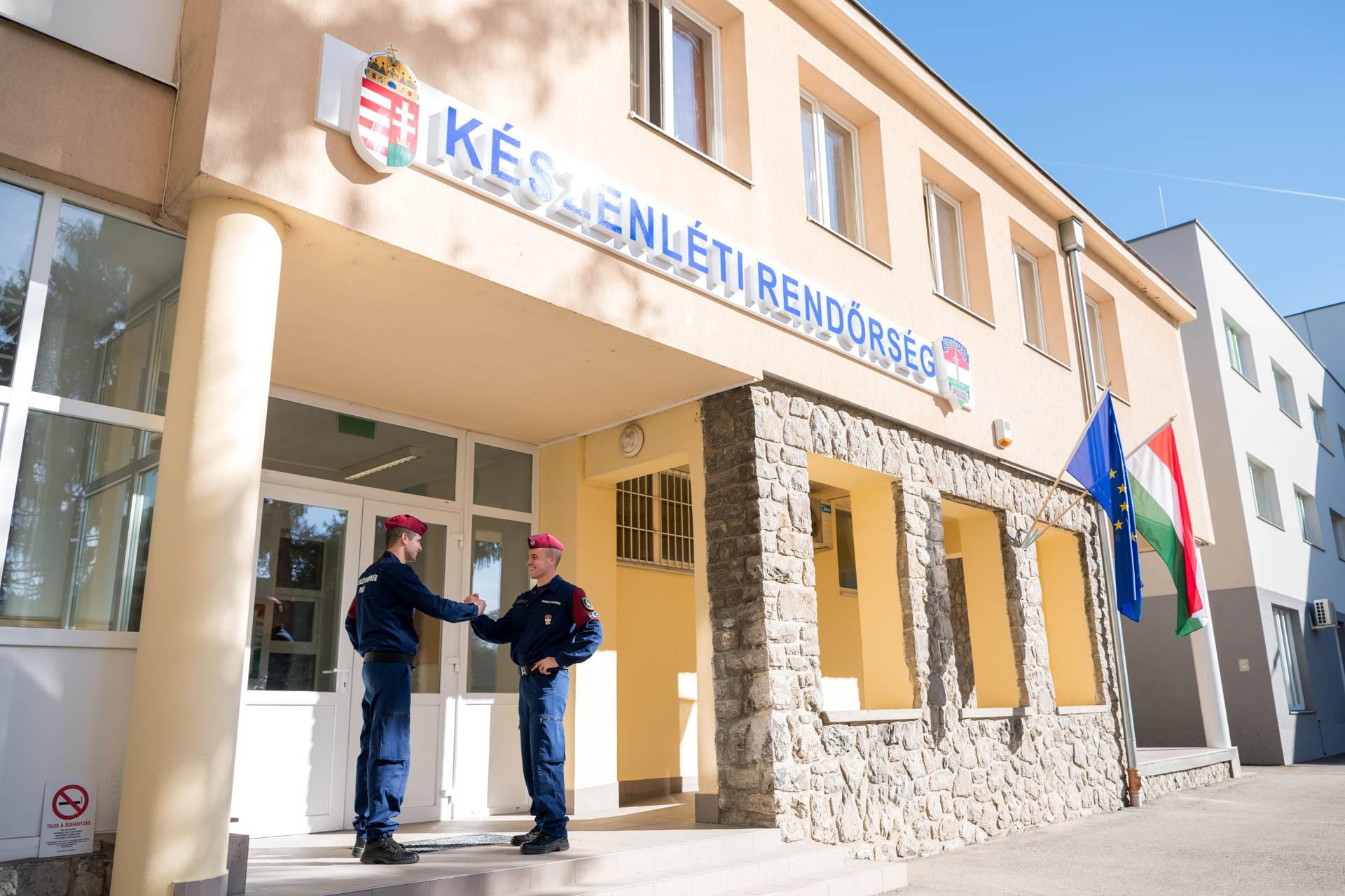 Új határvadász-komplexum Pécsen is