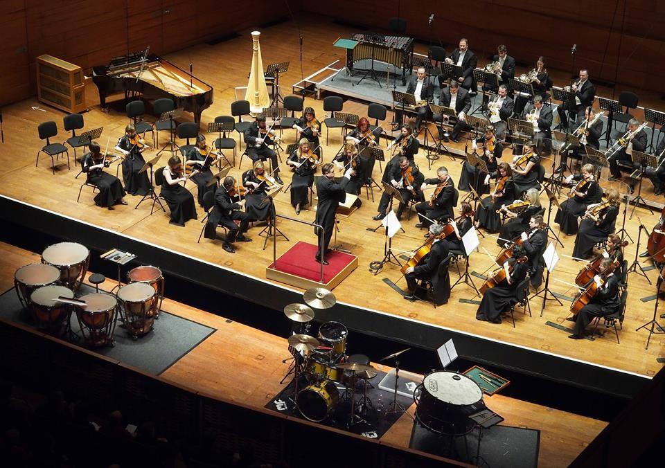 A századforduló monarchiáját idézi meg a Pannon Filharmonikusok újévi koncertje
