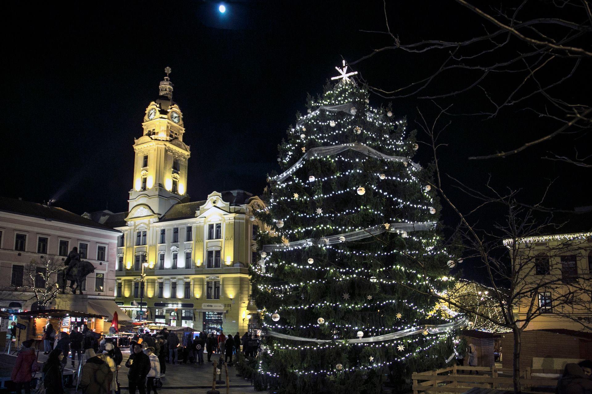 Advent - Százötven programmal készülnek a karácsonyra Pécsen