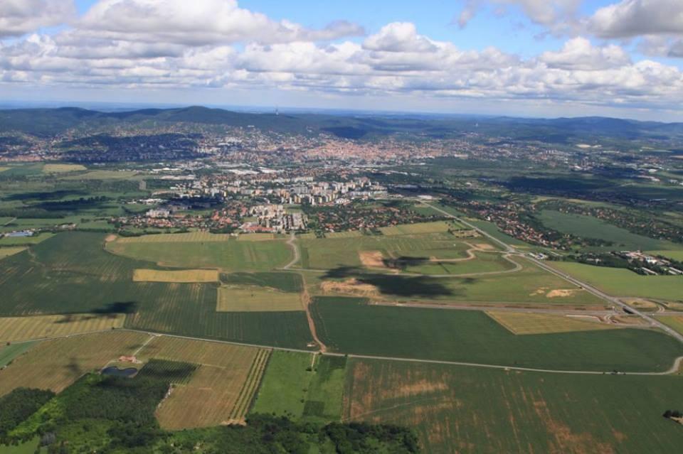 Több mint 985 millió forint támogatást nyert el Pécs