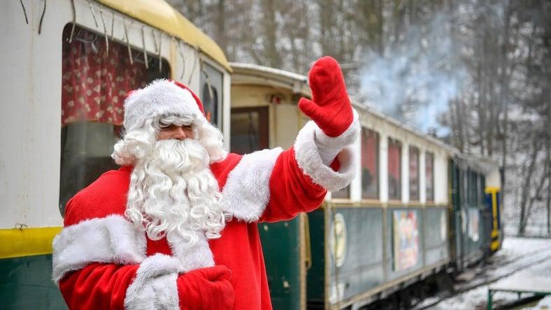 Mikulás vonatokkal, állomási rendezvénnyel kedvez a gyermekeknek a vasúttársaság