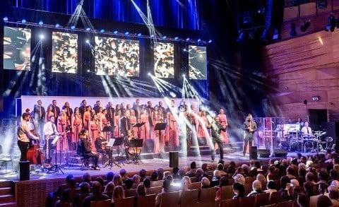 A VoiSingers adott adventi koncert Zsolnay Negyedben