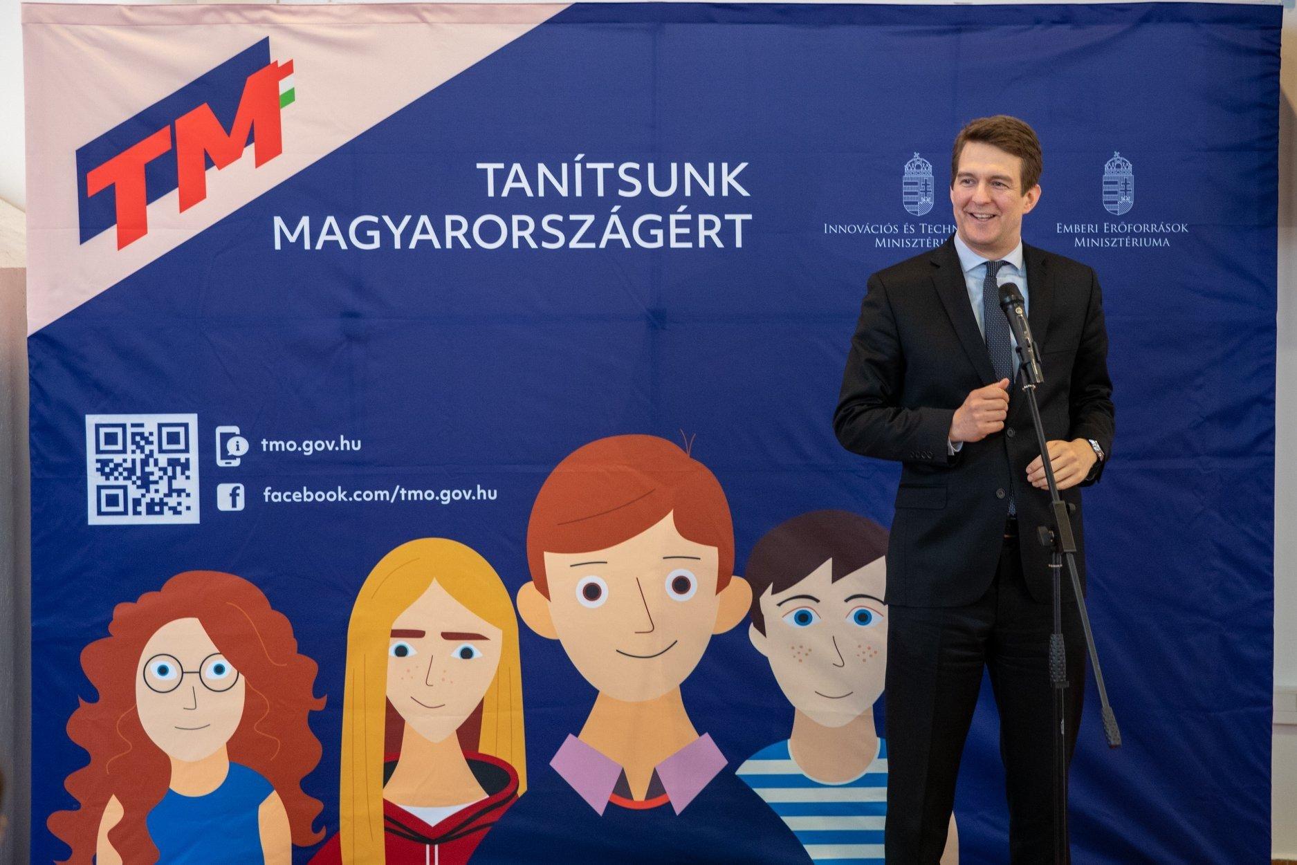 Tanítsunk Magyarországért: Baranya is részt vesz az egyetemi mentorprogramban
