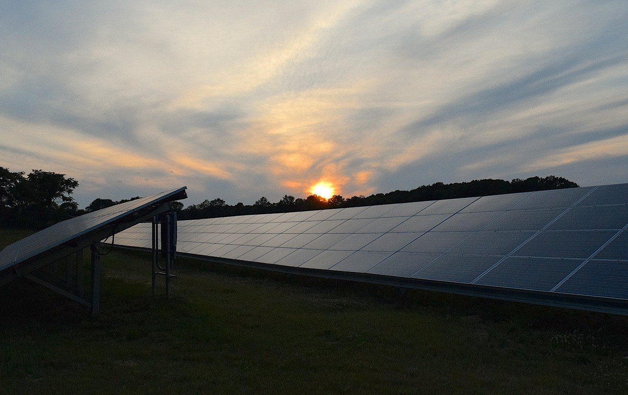 Megújuló város, megújuló energia - termel a komlói napelempark