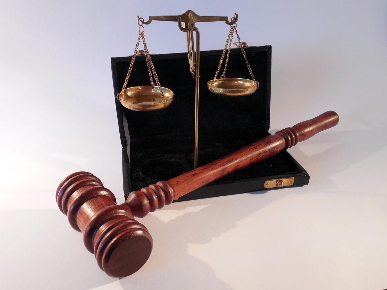 Őrző-védő cégpiramis tagjai ellen javasol vádemelést a NAV Baranyában