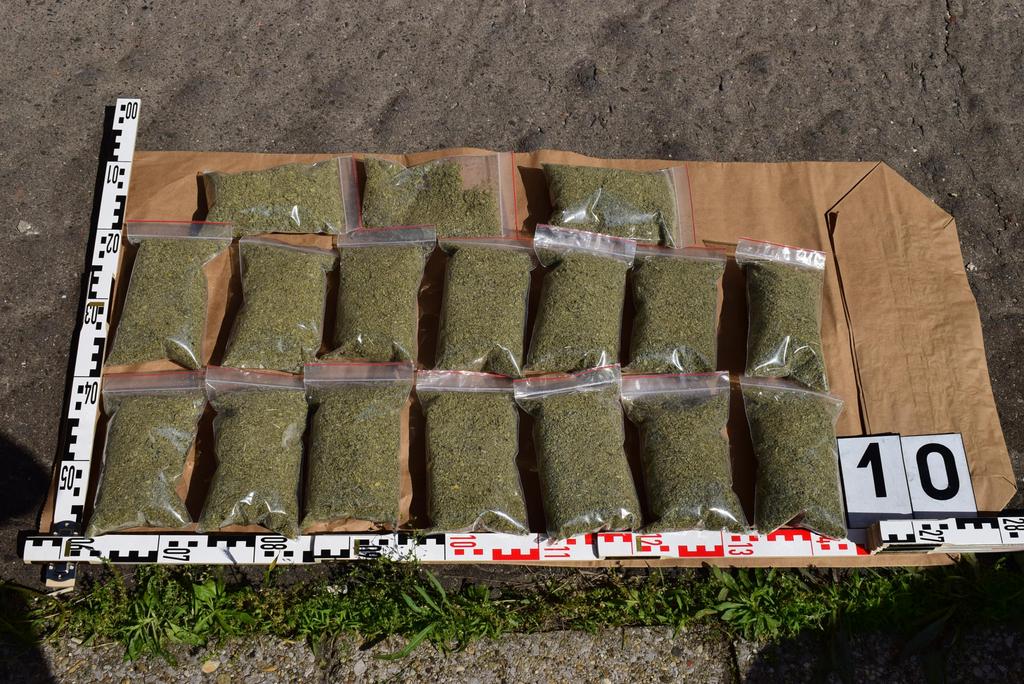 Egy drogterjesztő hálózat tizennégy tagját fogták el a Baranyában