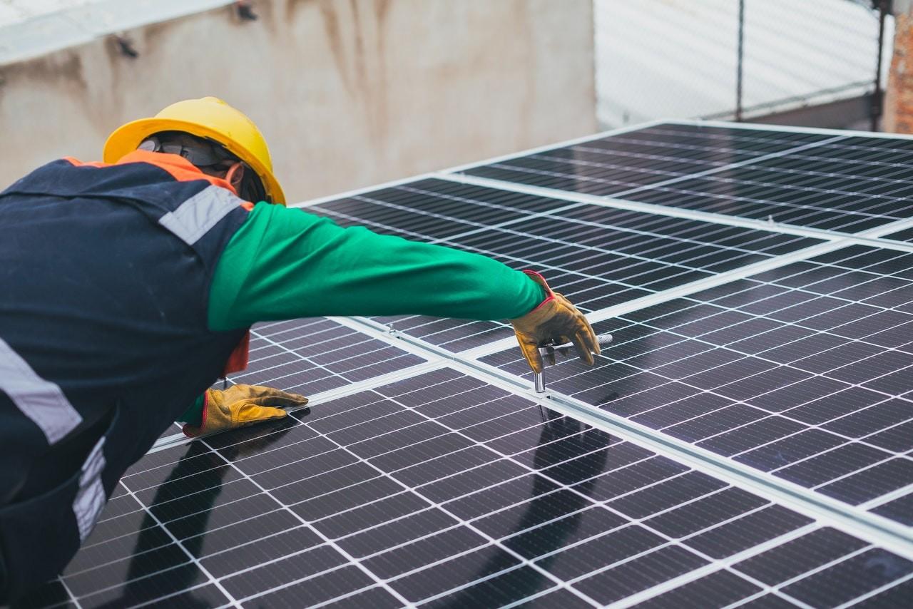 A Pécsi Sörfőzde napelemparkot telepített kormányzati támogatással