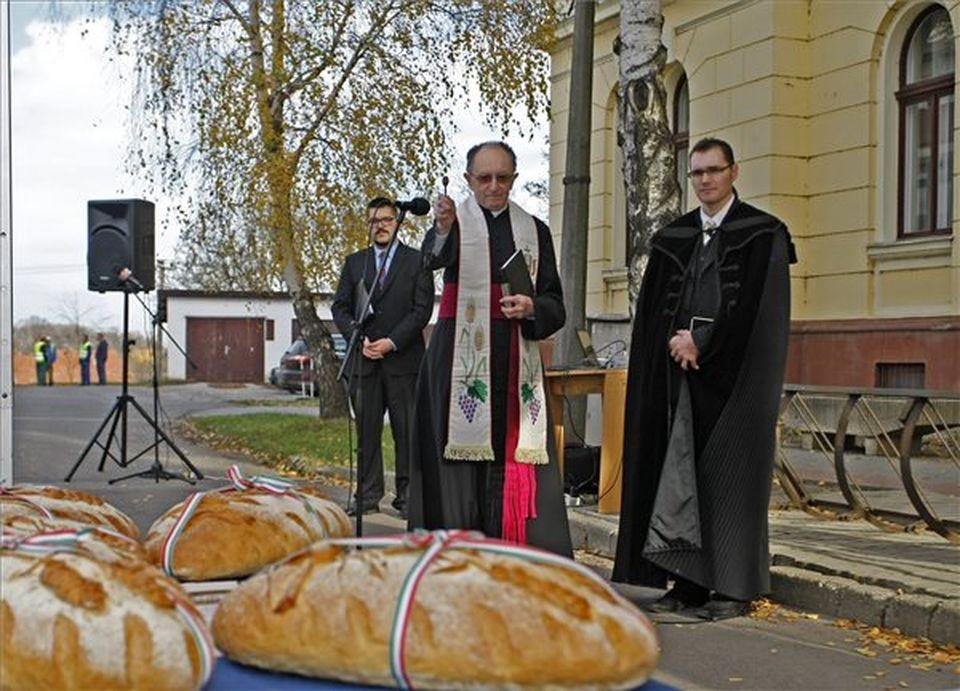 Magyarok kenyere - Adományozási napot tartottak országszerte