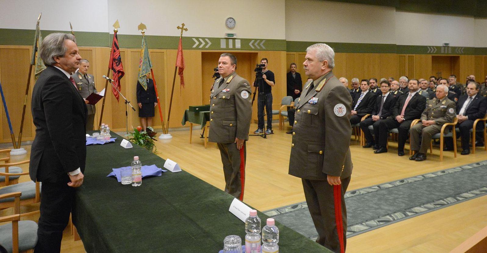 Átadás-átvétel az összhaderőnemi parancsnokságon