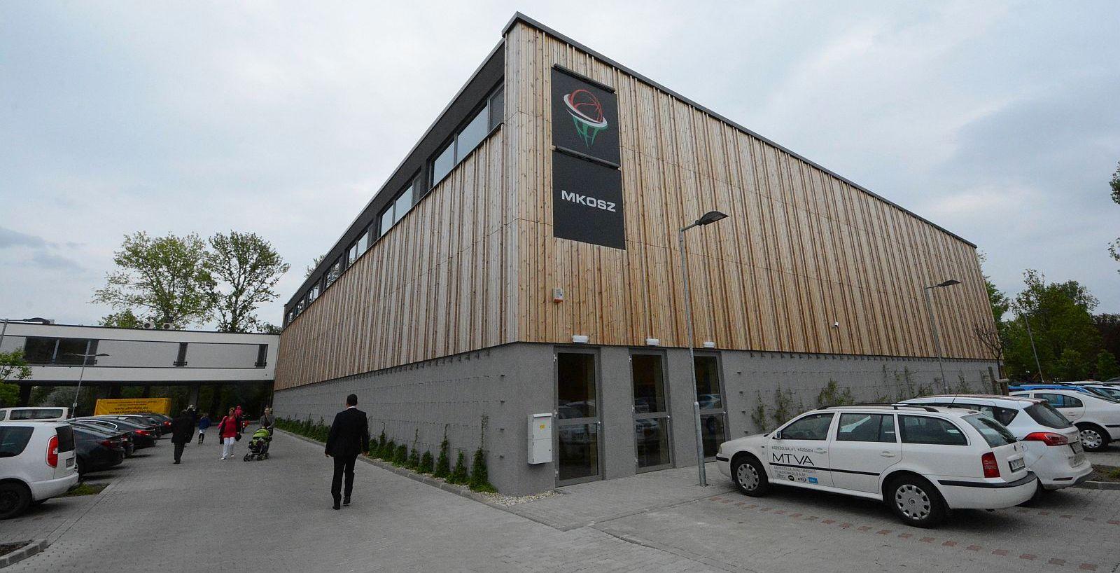 Átadták a kosárszövetség új edzőközpontját Székesfehérváron