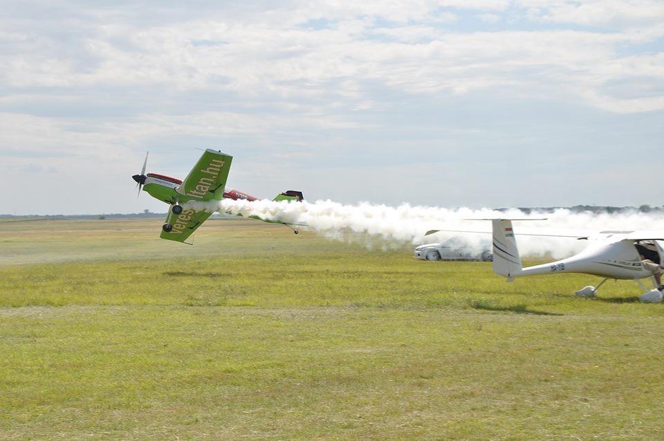 Ismét várja a repülés rajongóit a Baracs - Kisapostag Repülőnap!