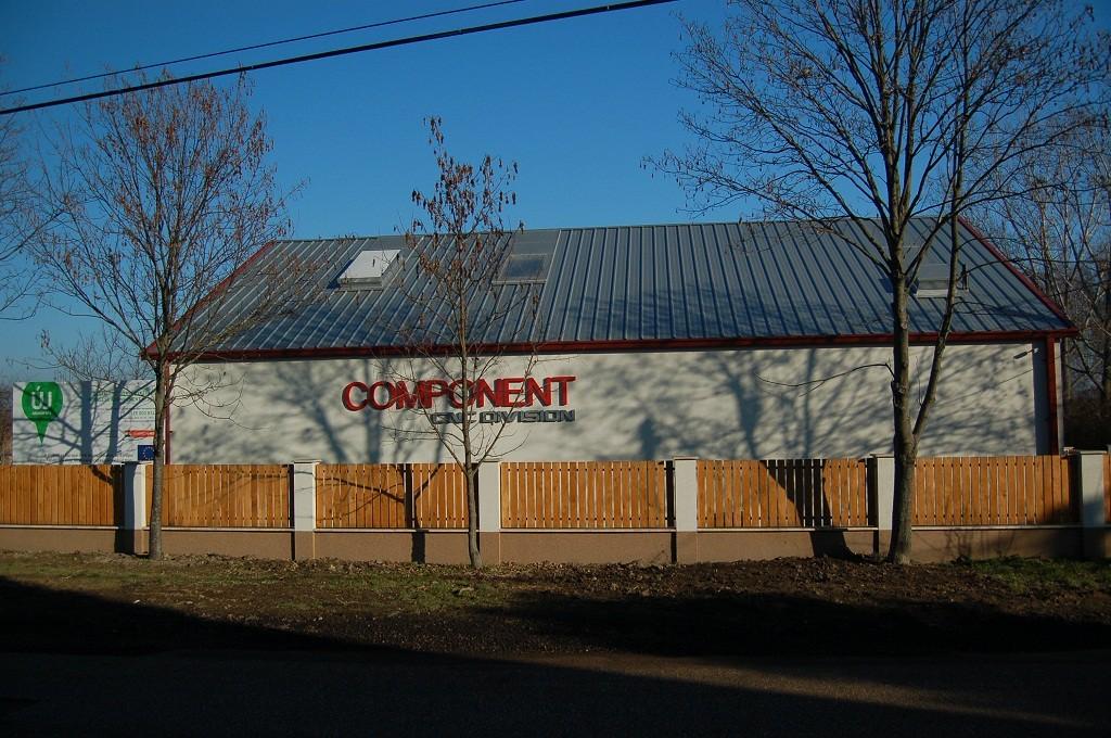Martonvásári gyártócsarnokának bővítését tervezi a Component Kft.