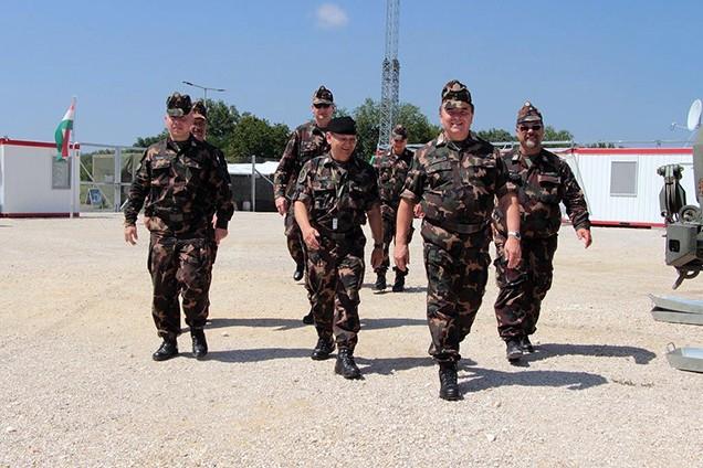 Határlátogatáson az MH Összhaderőnemi Parancsnokság parancsnoka