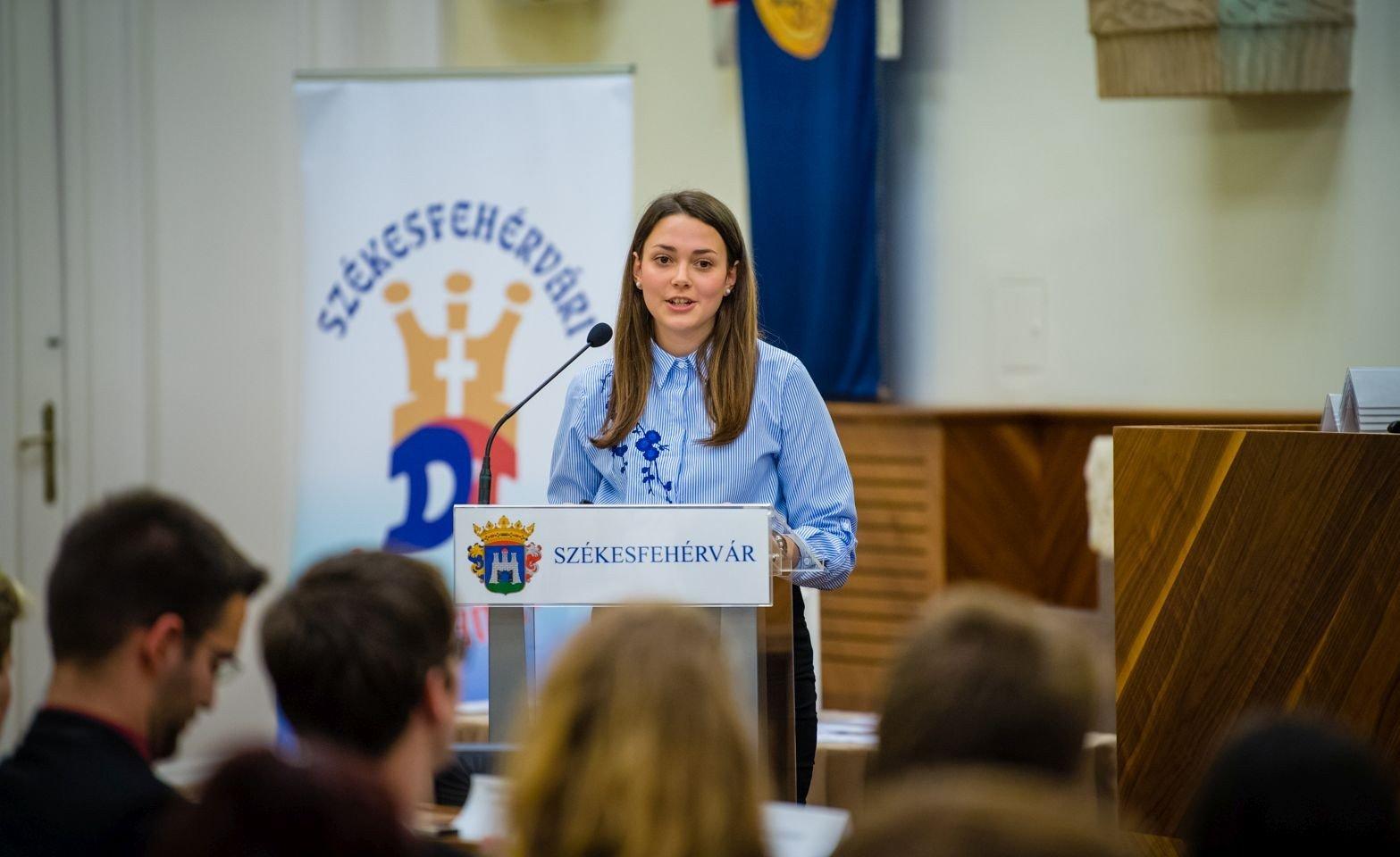 Újra Nagy Boglárka a székesfehérvári diáktanács elnöke