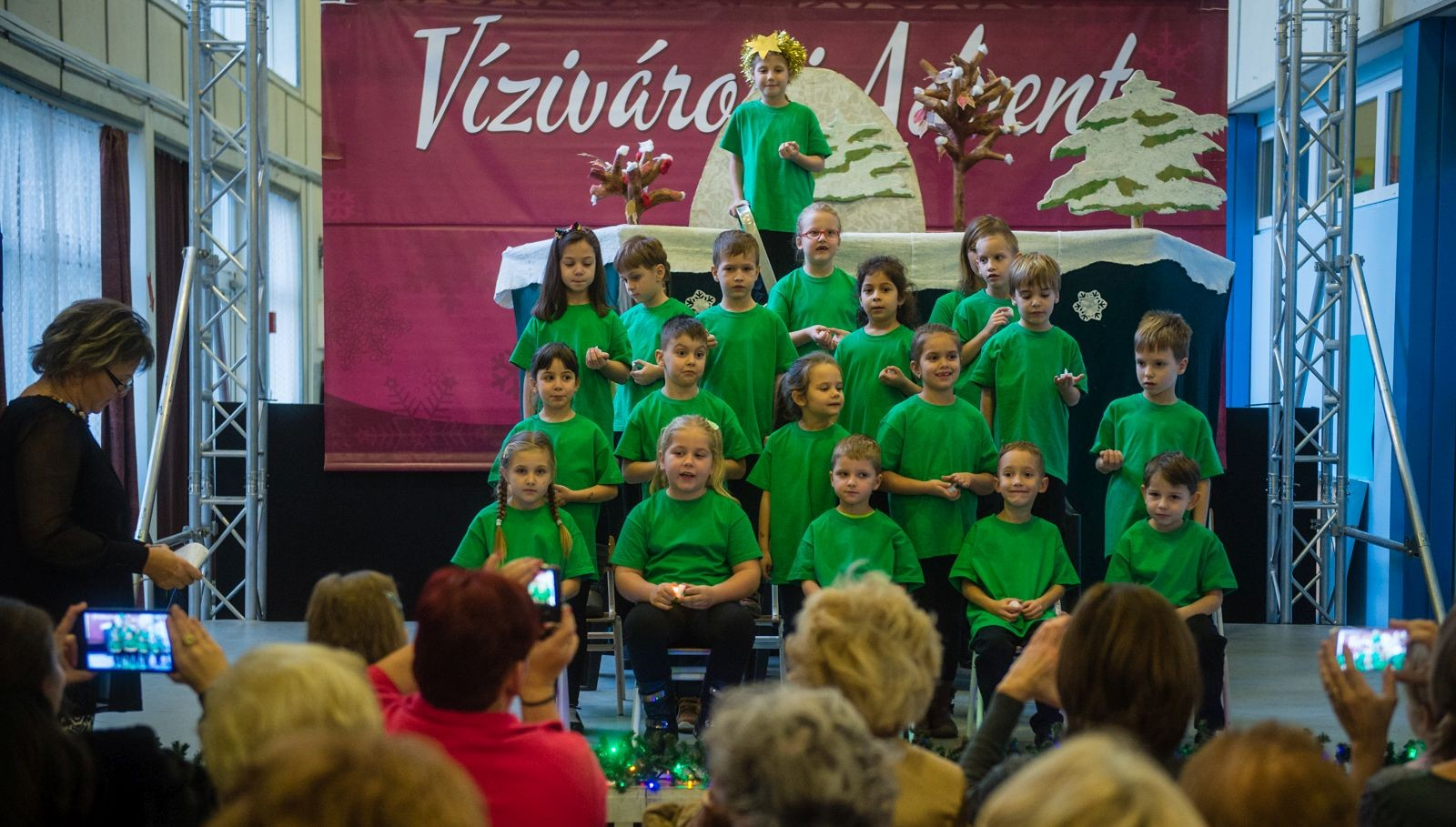 Felsővárosi vendégek fellépésével kezdődött el a Vízivárosi Advent Székesfehérváron