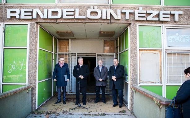 Még az idén átadhatják a teljesen felújított dunaújvárosi SZTK épületet
