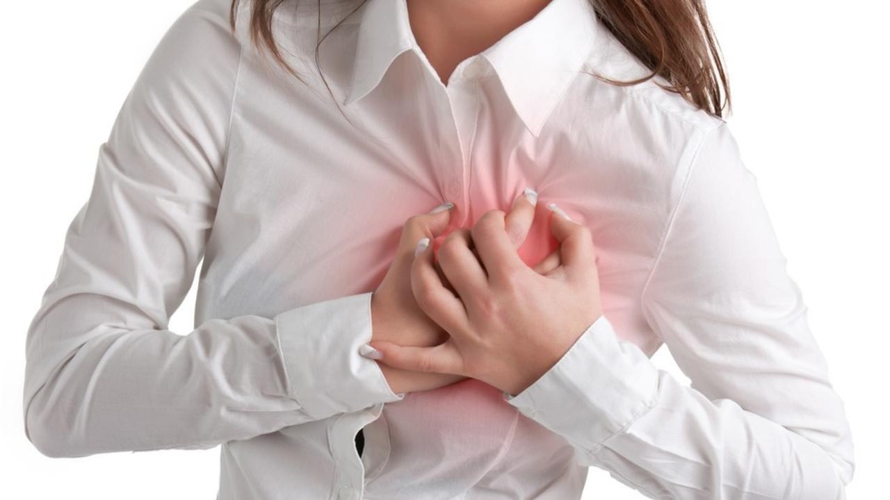 Kevesebb nő halna meg szívroham után, ha azt kezelést kapnák, amit a férfiak