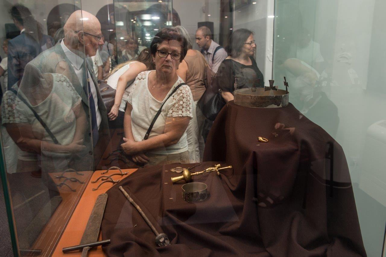 Ingyenesen látogathatóak a Szent István Király Múzeum kiállítóhelyei a hosszú hétvégén