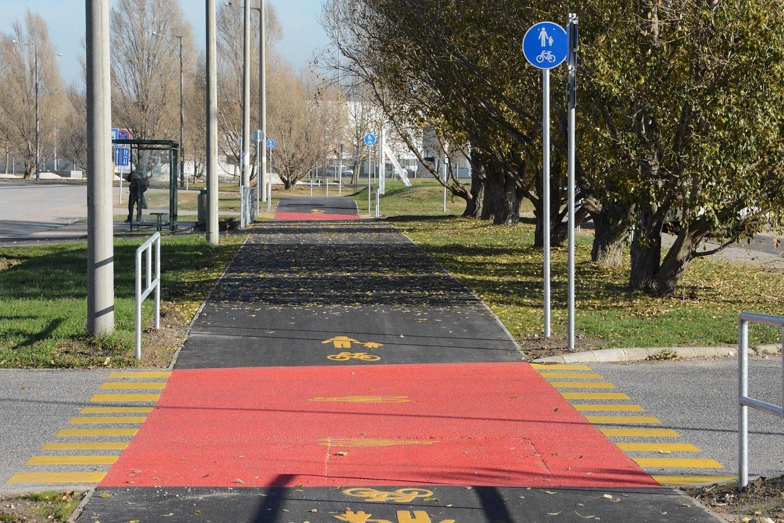 Húsz kilométernyi új kerékpárút és sáv épül Székesfehérváron