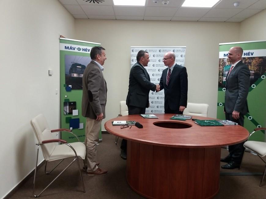 Kutatás-fejlesztési megállapodást kötött a MÁV és a Dunaújvárosi Egyetem