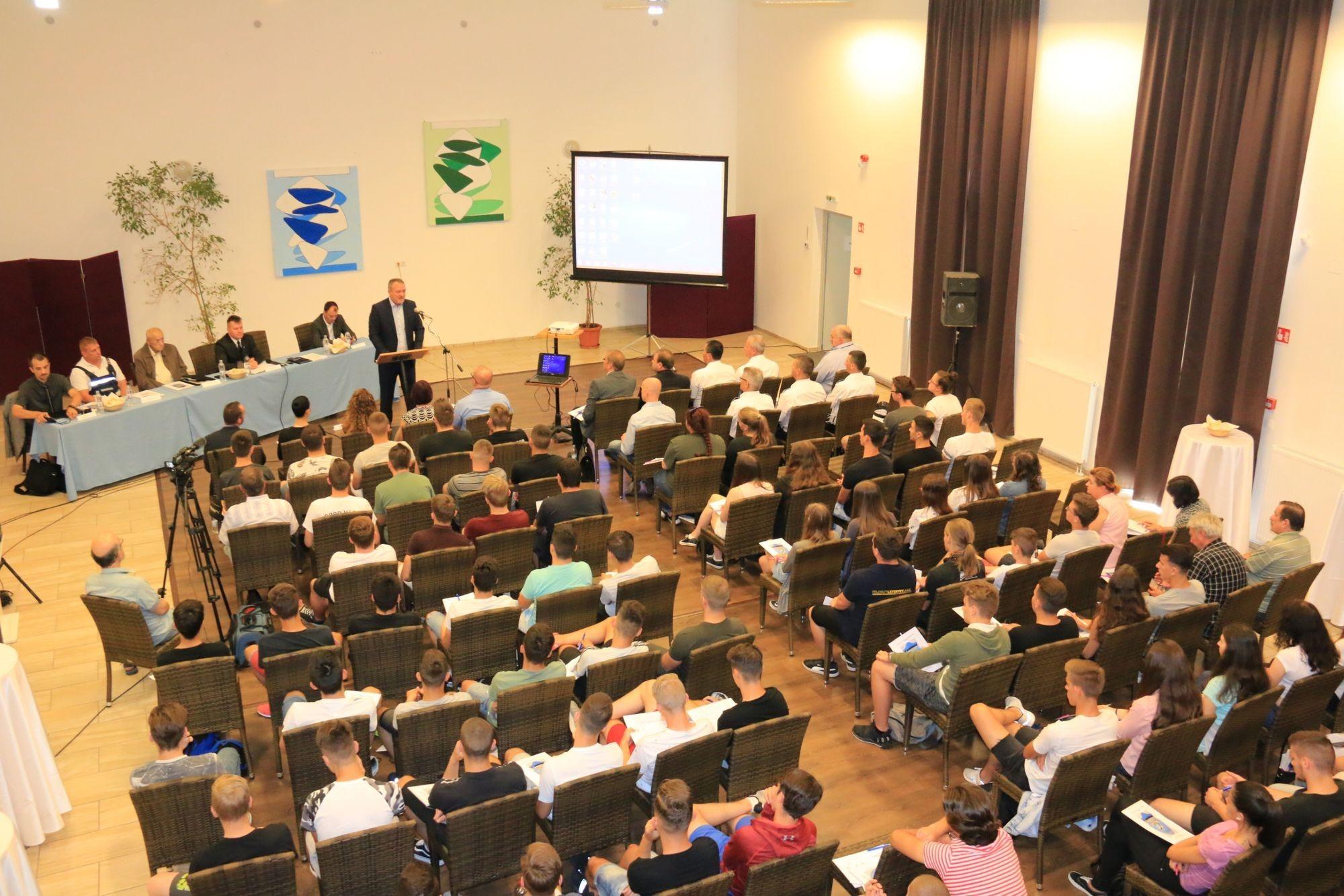 Járási balesetmegelőzési egyeztető fórum Bicskén