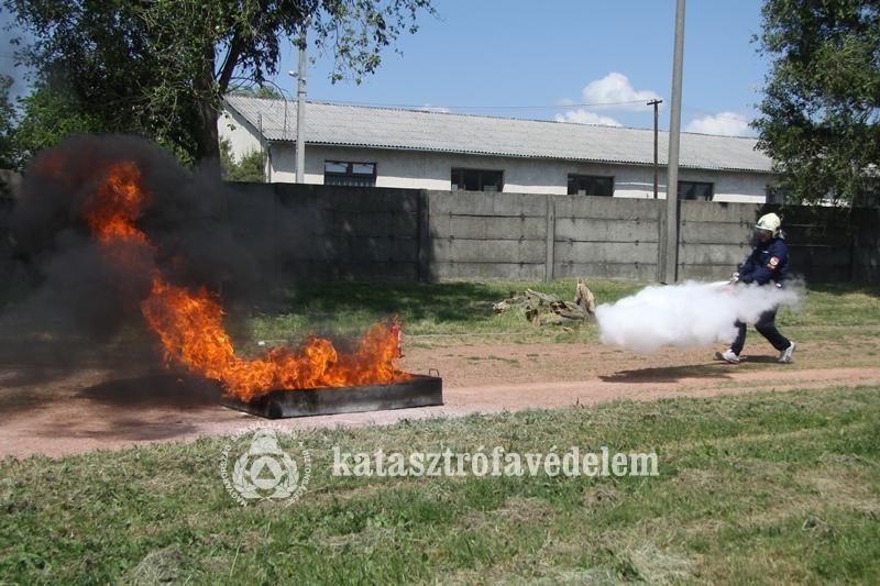 Székesfehérvári tűzoltók jutottak az országos döntőbe
