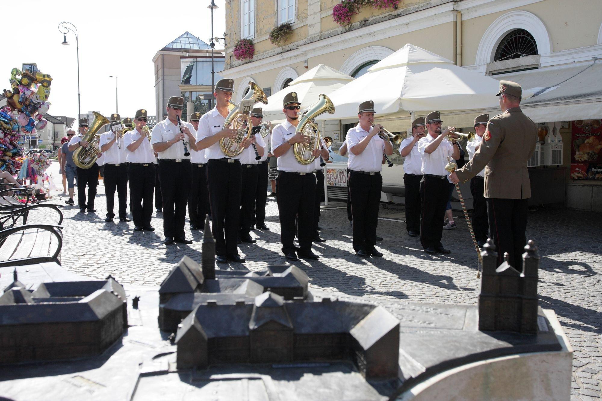 Katonazenekari fesztivált rendeztek Székesfehérváron