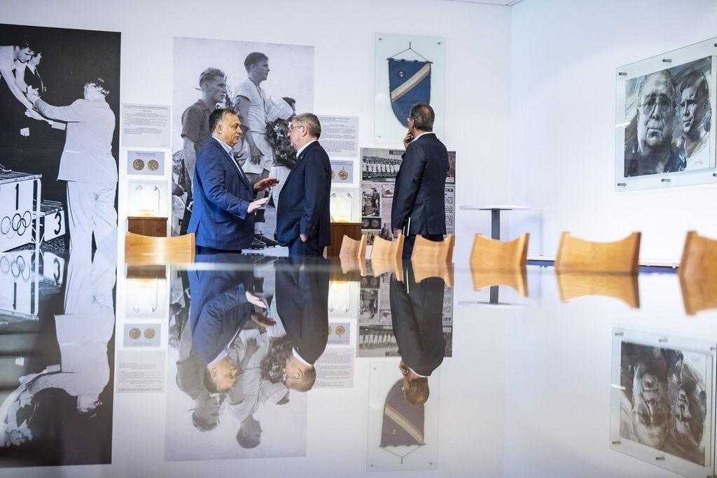 A felcsúti Puskás Akadémiára látogatott a Nemzetközi Olimpiai Bizottság elnöke