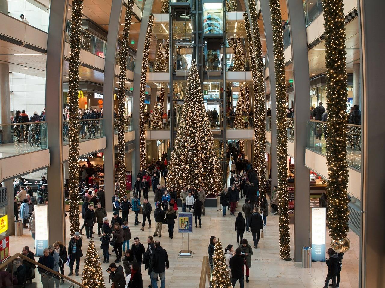 A december 24-i nyitvatartási idő rövidítését kéri a Kereskedelmi Alkalmazottak Szakszervezete