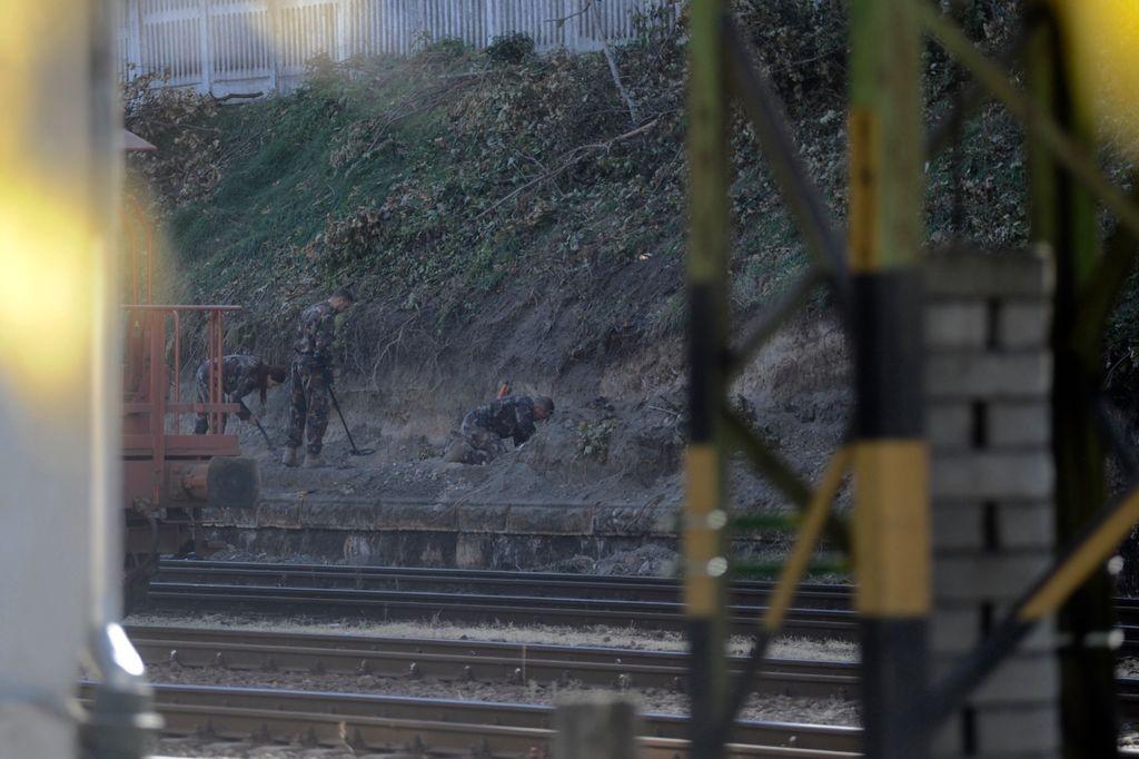Robbanótestet találtak a Déli pályaudvar területén