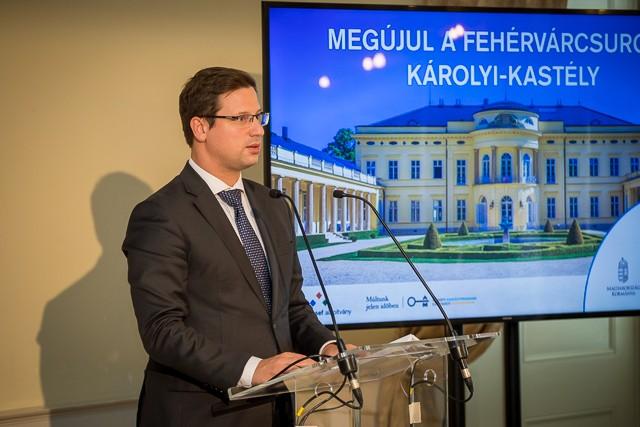 Másfél milliárd forintból fejlesztik a fehérvárcsurgói Károlyi-kastélyt