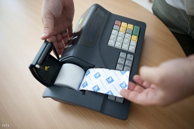 Újra Fejér megyei vállalkozókat ellenőriznek az adórevízorok