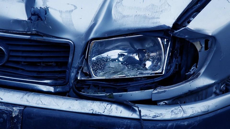 Nagy újítás az autós baleseteknél: kárbejelentés applikációval