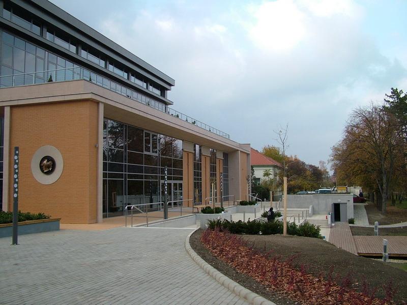 Több mint 7,7 milliárd forintos fejlesztés fejeződött be a szolnoki Hetényi-kórházban